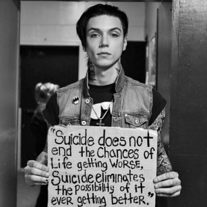 "The suicide sign. Held by Biersack  ""I believe in you"""